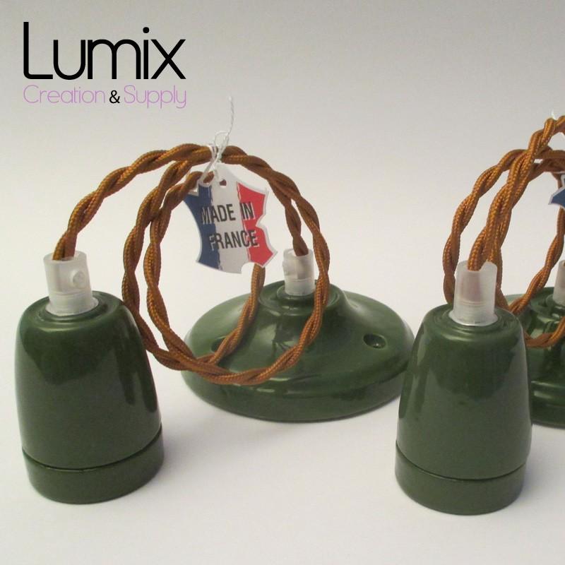 suspension douilles porcelaines couleurs 8 couleurs au choix et c ble textile. Black Bedroom Furniture Sets. Home Design Ideas