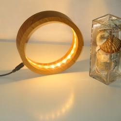 """Lampe de chevet ou de bureau """"RING"""" en bois massif d'Acacia - éclairage LED 2700 K (chaud)"""