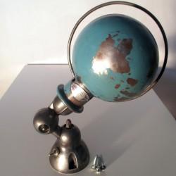 Applique lampe Jieldé - Rare bleu d'origine encore visible sur le globe