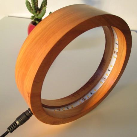 """Lampe de chevet ou de bureau """"RING"""" en bois massif de Cerisier - éclairage LED 2700 K (chaud)"""