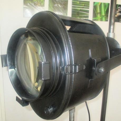 Projecteur Crémer 2 KW années 1950